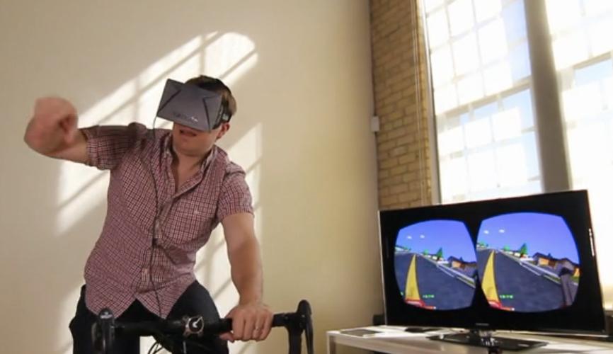 Paperdude: 80er-Jahre-Spiel Paperboy mit Gaming-Brille auf einem echten Fahrrad