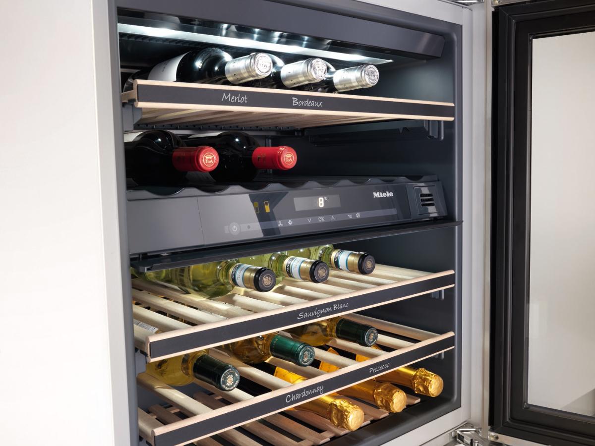 Guter Wein profitiert von den Vorzügen eines Weinkühlschranks ...