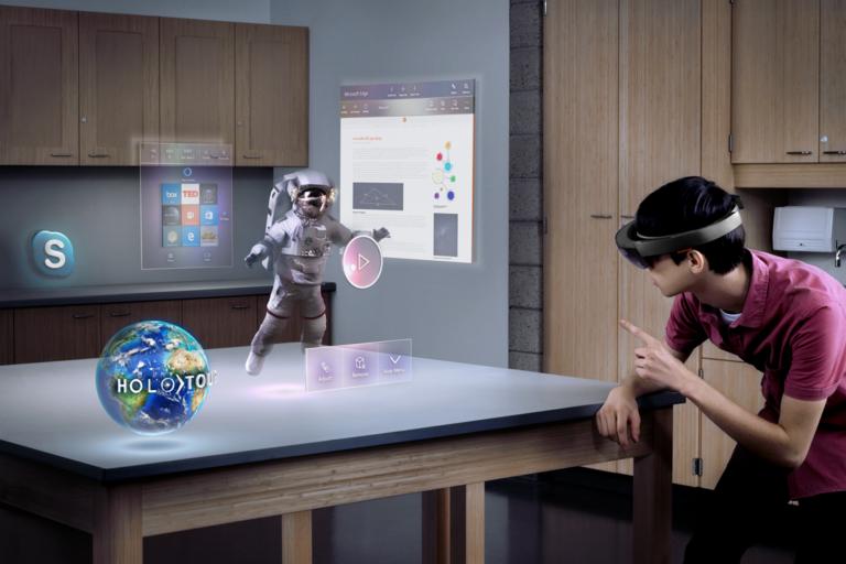 HoloLens braucht noch viel Zeit. (Foto: Microsoft)