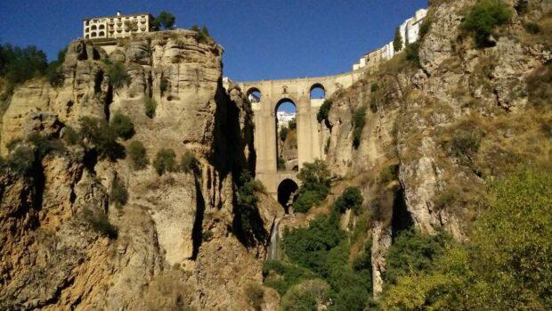 Felsenstadt Ronda in Andalusien, aufgenommen mit einem OnePlus One. Für einen Smartphone-Schnappschuss gar nicht so schlecht, oder?