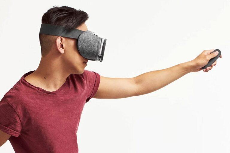 Virtual Reality. Warten auf den Durchbruch, der bis heute nicht kam. Bild: Google