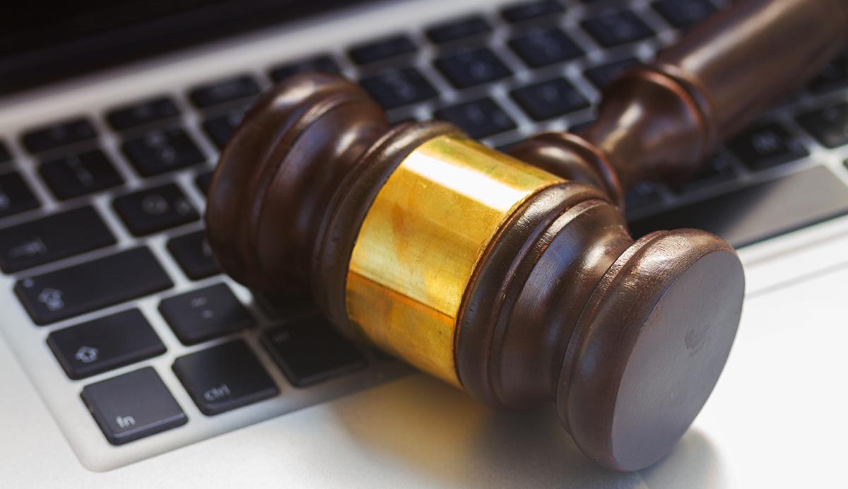 Rechte und Gefahren im Internet: Erfahrt die interessantesten Gerichtsurteile