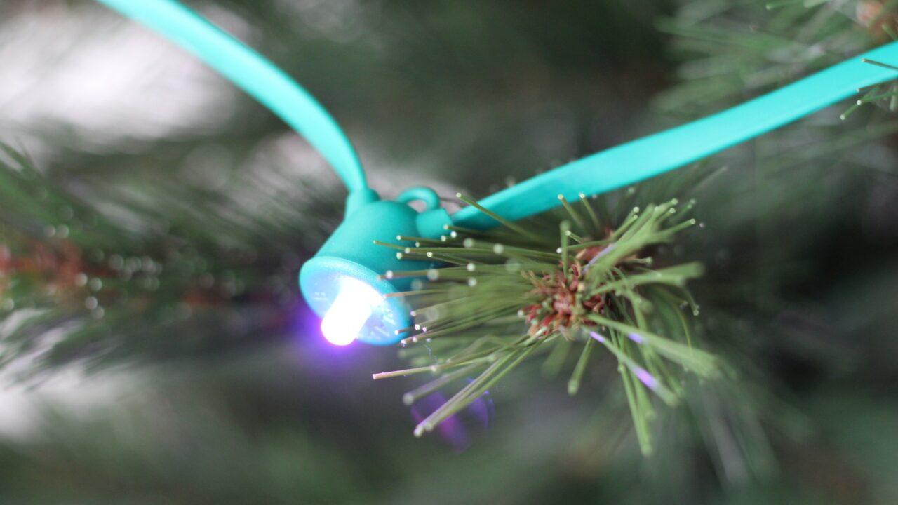 Mipow Playbuld String: Die smarte Weihnachtsbaumbeleuchtung im Test