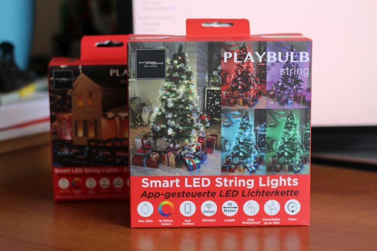 Smarte Weihnachtsbaumbeleuchtung. Gibt es nicht allzu viele. (Foto: Sven Wernicke)
