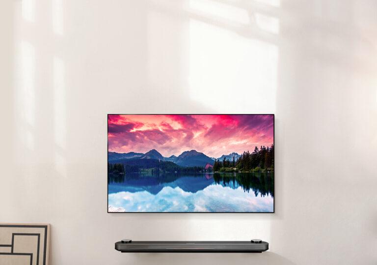 Macht sich gut an der Wand: LG Signature OLED W-TV.