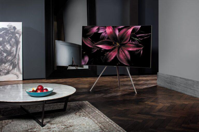 Hauchdünne Panels, tiefe Schwarzwerte, hoher Kontrast: das will Samsung mit QLED-Fernsehern liefern.