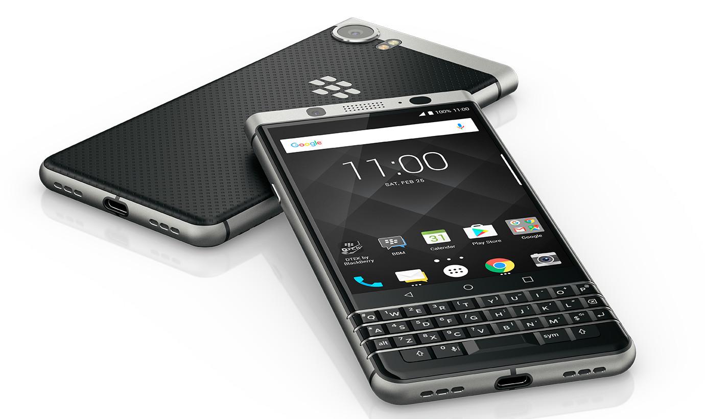 Der Blackberry KEYone kombiniert Android mit einer Hardware-Tastatur (Bild: Blackberry)