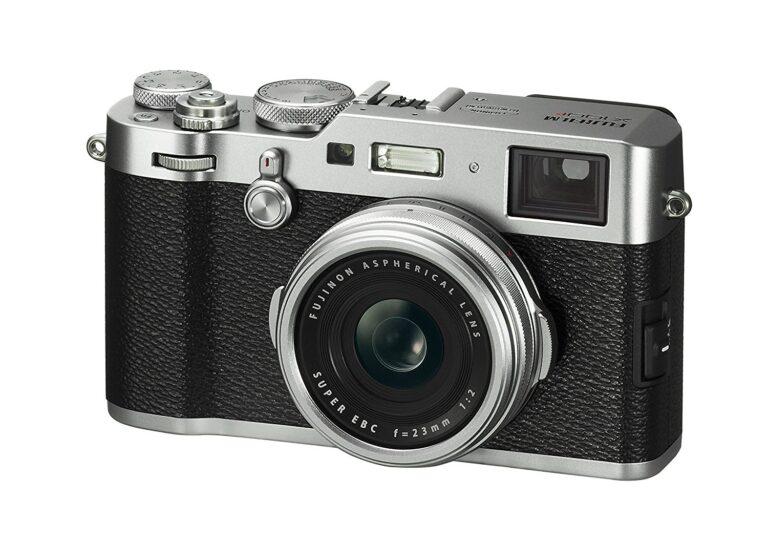 Fujifilm X100F: Ja, auch sie gilt als Kompaktkamera, weil sich ihr Objektiv nicht austauschen lässt. Bild: Fujifilm