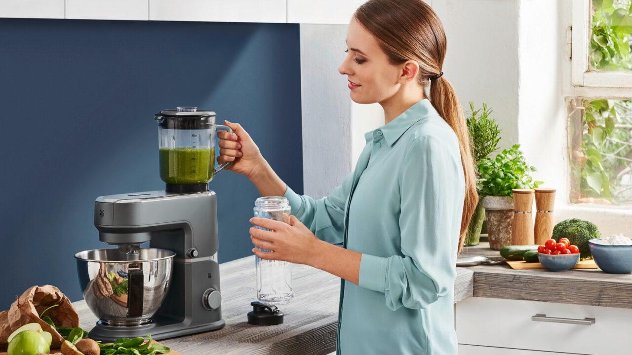 WMF Küchenminis One For All: Diese Küchenmaschine passt in jeden Single-Haushalt