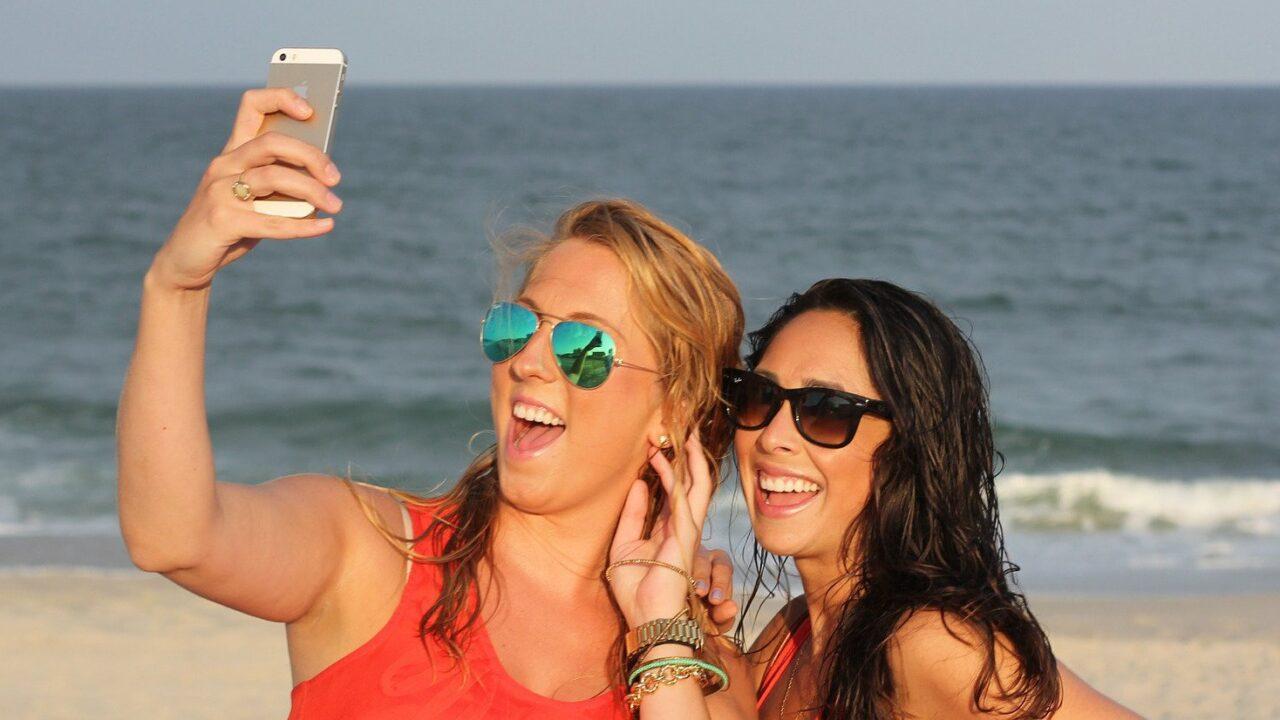 Selfie-Optimierung: Mit KI erfindet Adobe das Photoshoppen neu