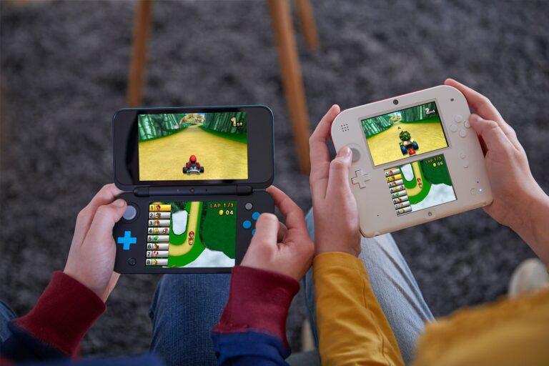 Zum Vergleich: New 2DS XL und 2DS. (Foto: Nintendo)
