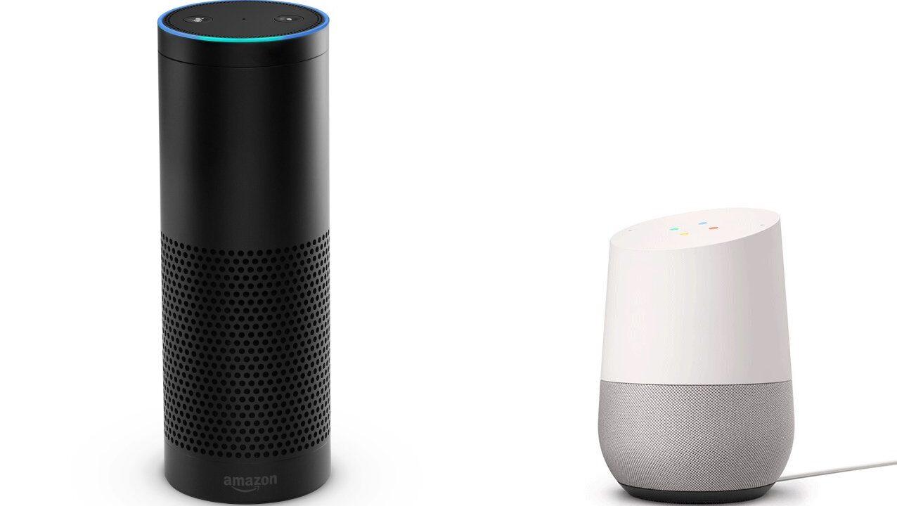 Google Assistant und Amazon Alexa unterhalten sich