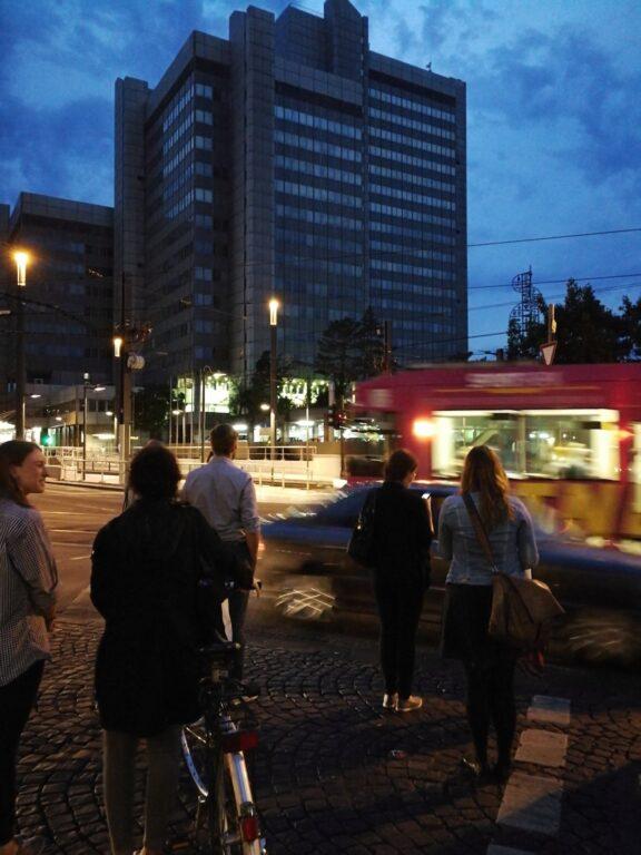 Abendszenerie (Blue Hour) in der Bonner Innenstadt.