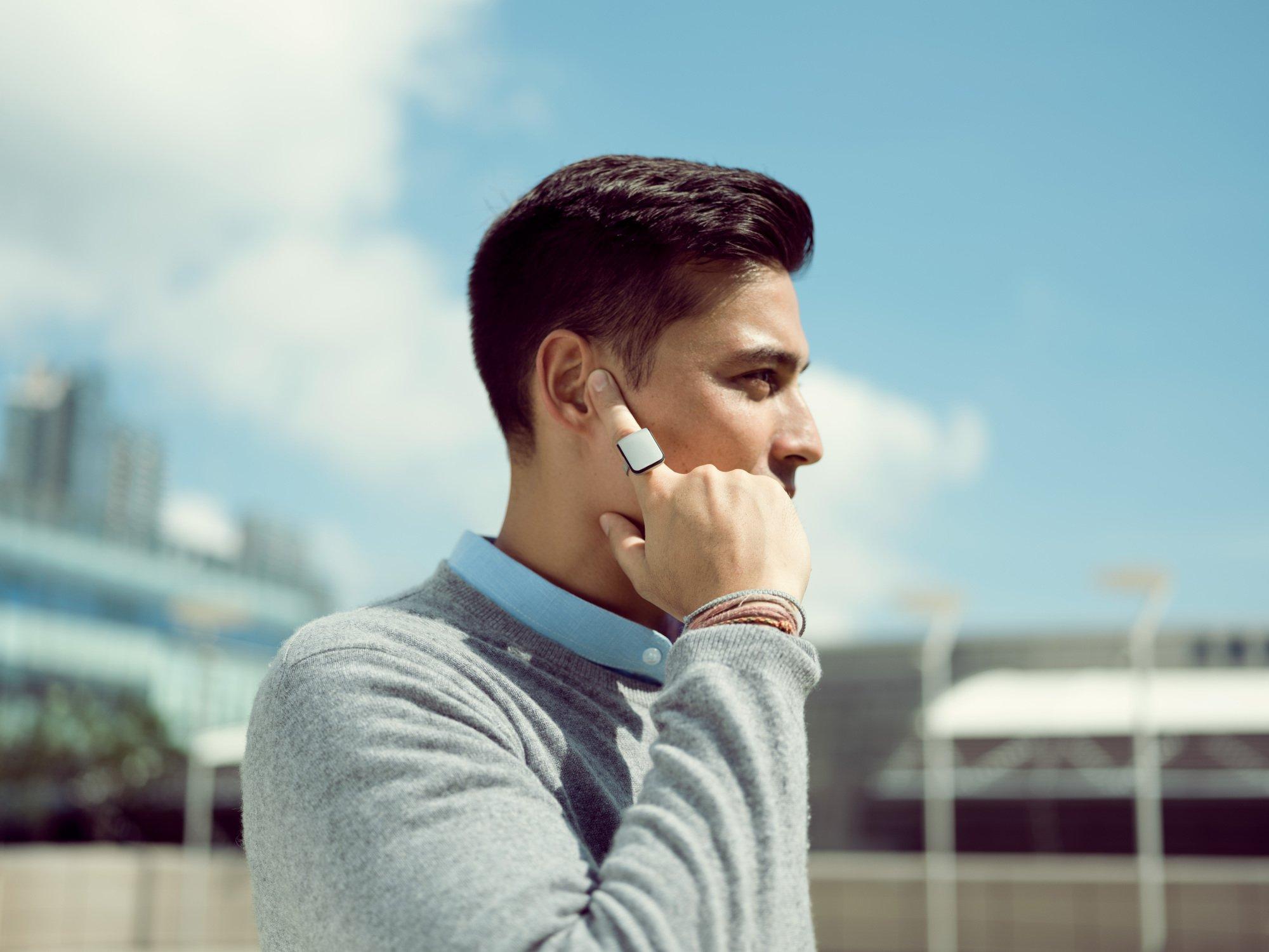 orii mit diesem ring wird euer finger zum smartphone. Black Bedroom Furniture Sets. Home Design Ideas