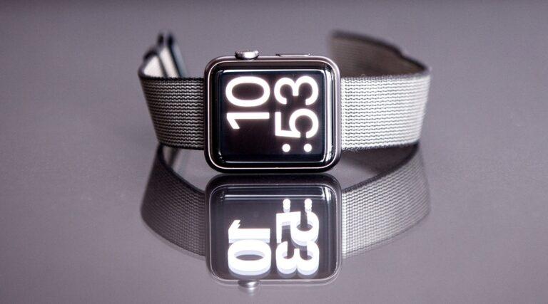 Smartwatch (Bild: Unsplash/Jens Kreuter)