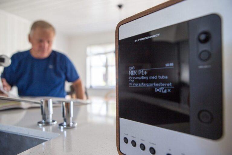 Als weltweit erstes Land stellt Norwegen 2017 sein UKW-Radio ab und um auf digital. Bild: Radio.no