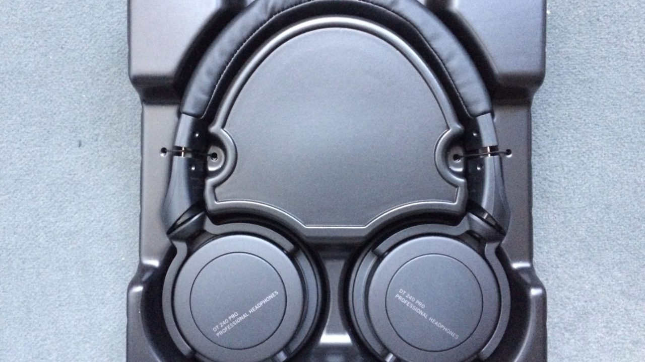 Studiokopfhörer Beyerdynamic DT 240 Pro ausprobiert: Wofür steht eigentlich das Pro?
