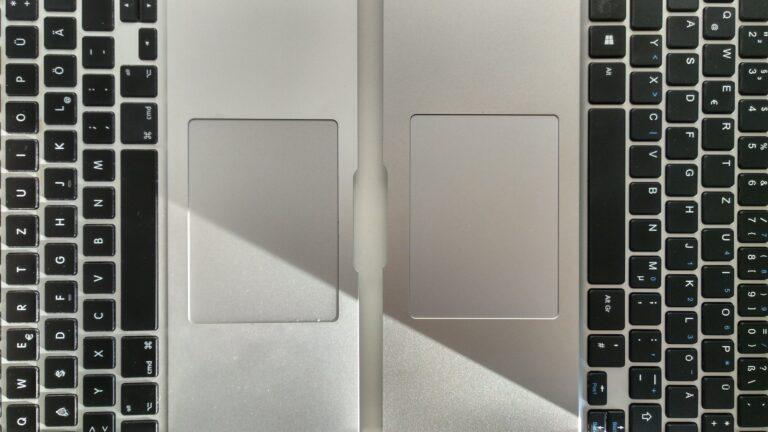 Na, welches ist das MacBook, welches der nur 200 Euro teure Klon?