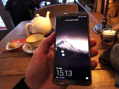Zu groß nicht, aber unförmig: Huawei Mate 10 Pro mit 18:9-Bildverhältnis.