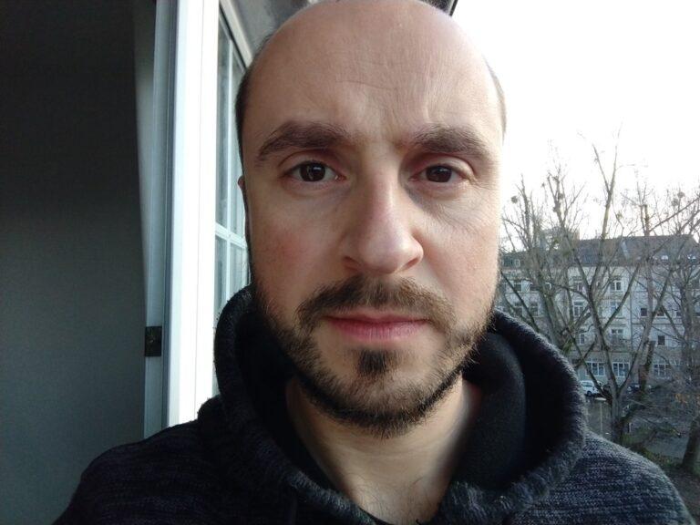 Selfie mit dem Moto Z2 Force