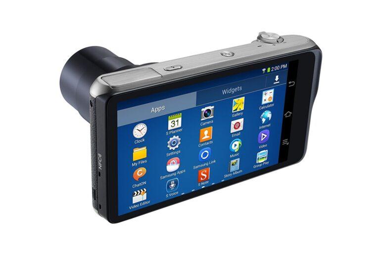 Wir waren schon fast da: Die Samsung Galaxy Camera hatte Android, Apps und einen Mobilfunkchip. Bild: Samsung