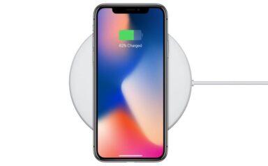 iPhone X auf einer Qi-Ladestation (Bild: Qi)
