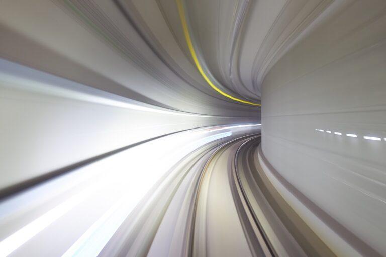 Geschwindigkeit (Bild: Unsplash/cadop)