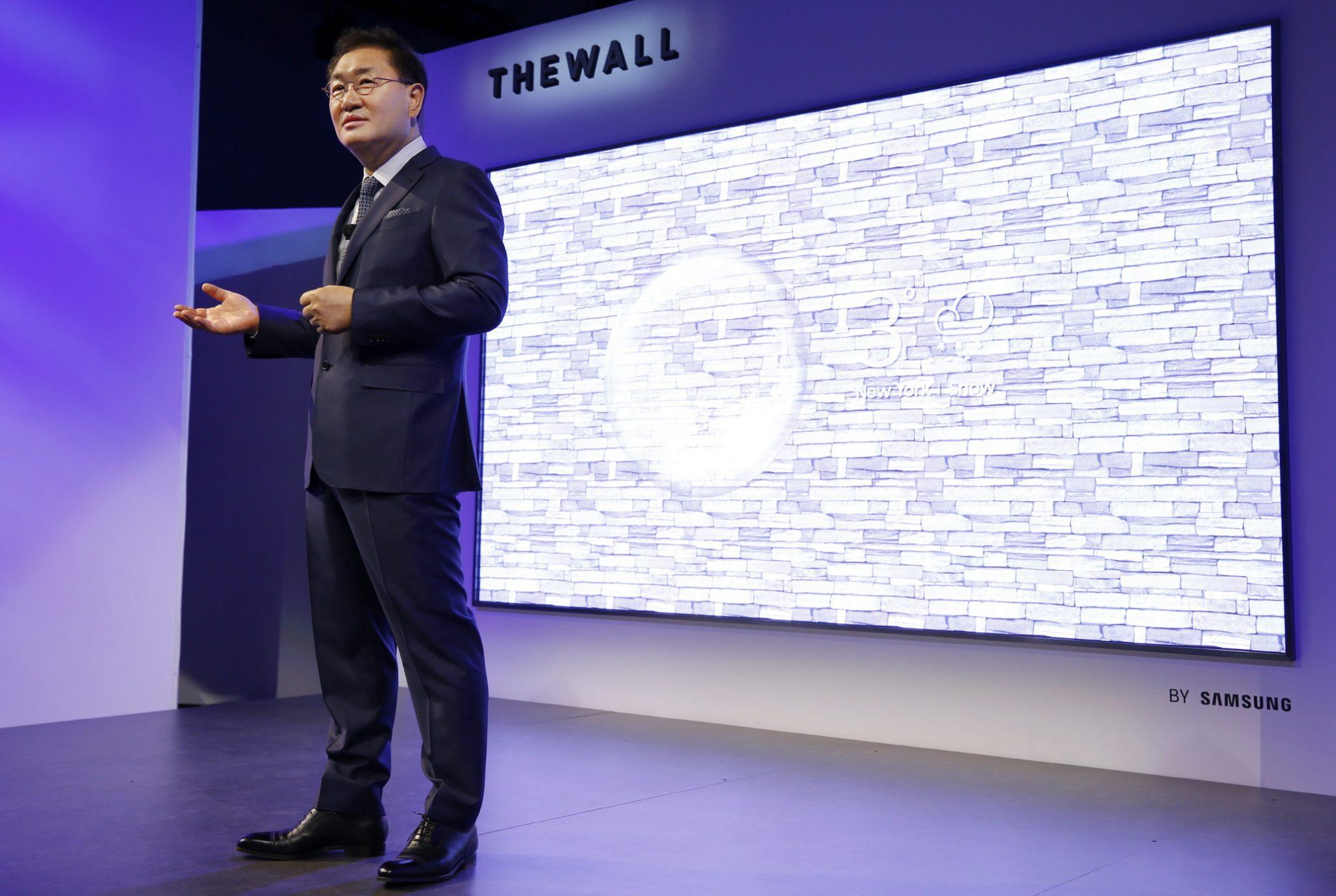 Micro-LED-Fernseher wie The Wall zeigen dank LED-Technik ein sehr helles Bild (Bild: Samsung)