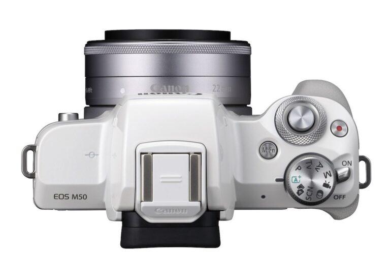 Schade: Der EOS M50 fehlt im Vergleich zum Vorgänger M5 ein weiteres mechanisches Einstellrädchen links.
