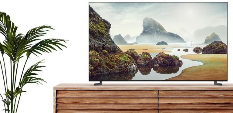 Riesige 8K-Fernseher sollen sich möglichst unauffällig ins Wohnambiente einfügen. (Foto: Samsung)