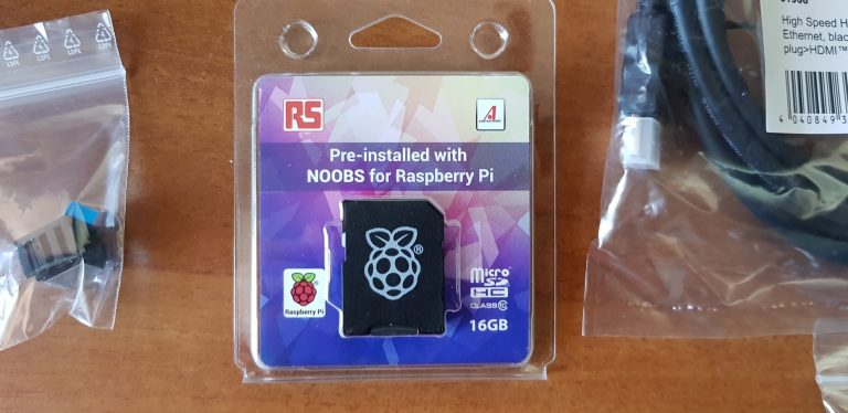Ich wählte die Speicherkarte mit vorinstallierter Software der Raspberry Pi Foundation. (Foto: Sven Wernicke)