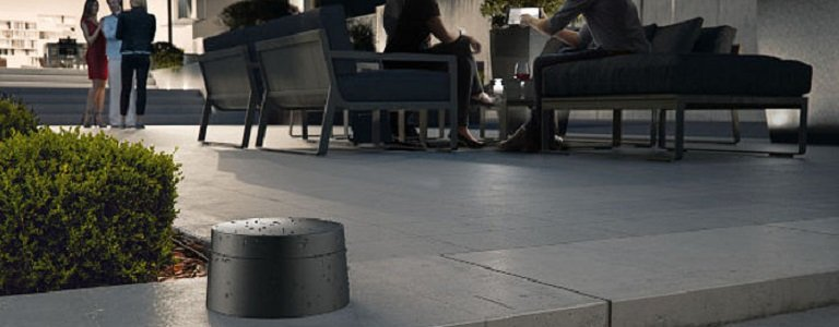 Perfekt für die Gartenparty: der dLAN WiFi Outdoor Adapter von devolo