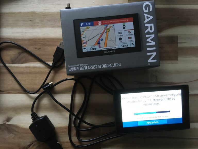 Garmin Drive Assist 51 Lieferumfang