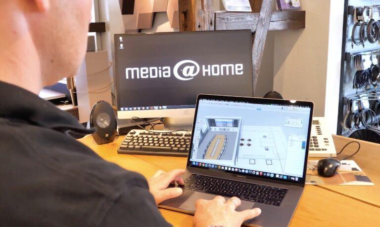 Nicht nur Hardware: Die Experten von media@home entwickeln auch komplette Software-Lösungen für ihre Kunden.