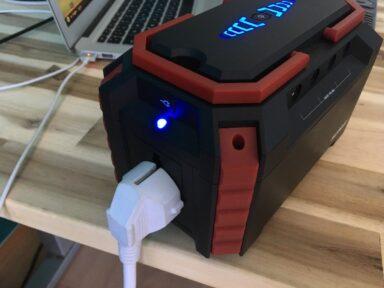 Technische Geräte an eine Powerbank anschließen
