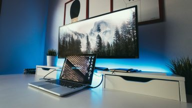 laptop-bildschirm