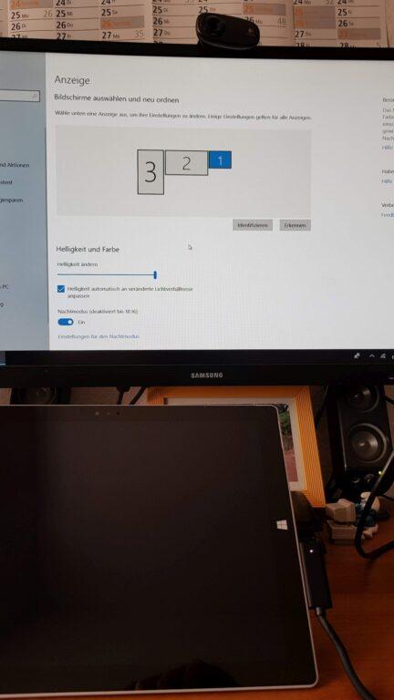 Erst durch die Monitor-Konfiguration bekommt ihr Ordnung auf den Displays. (Foto: Sven Wernicke)