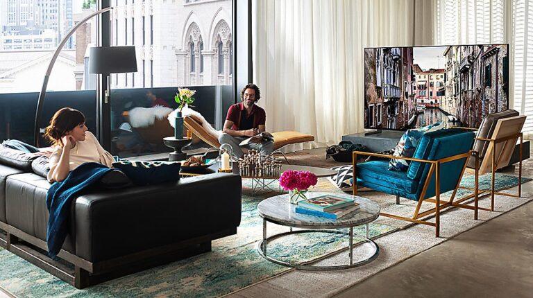 Hier im Bild schon zu erkennen: Für 8K solltet ihr eine große Wohnung besitzen. (Foto: Samsung)