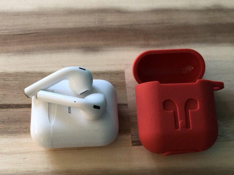 Sehen so aus wie Apples AirPods, sind aber vom chinesischen Hersteller Joyroom.