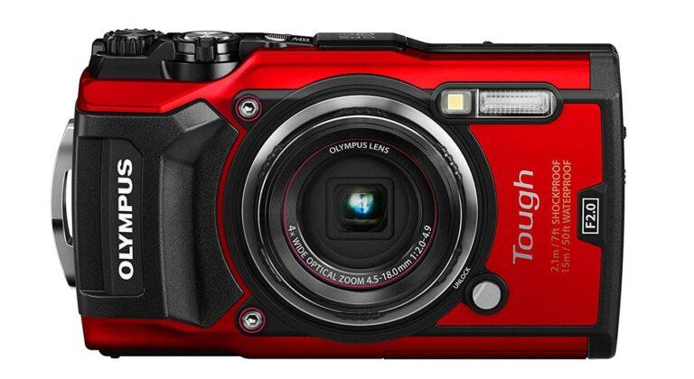 Die Olympus Rough TG-5 ist sicherlich robuster als die meisten Smartphones. (Foto: Olympus)