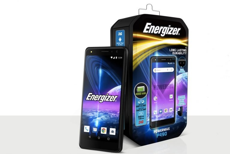 Smartphones wie das PowerMax P490 gibt es von Energizer schon länger – aber kaum jemand hatte die Marke auf dem Schirm.