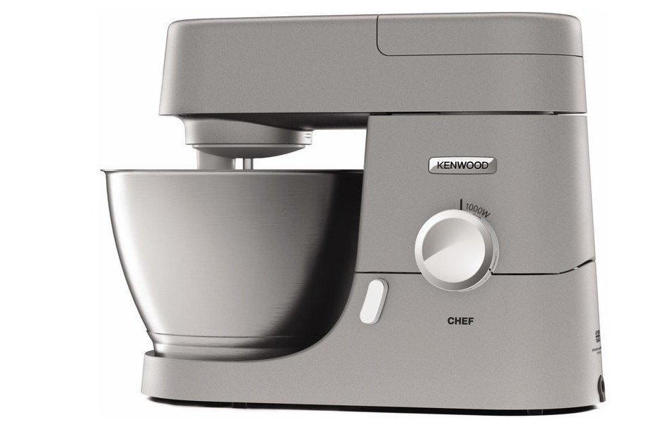 Die Küchenmaschine Kennwood Chef KVC3150S arbeitet mit 1000 Watt und knetet so manchen Teig (Bild: Kenwood)