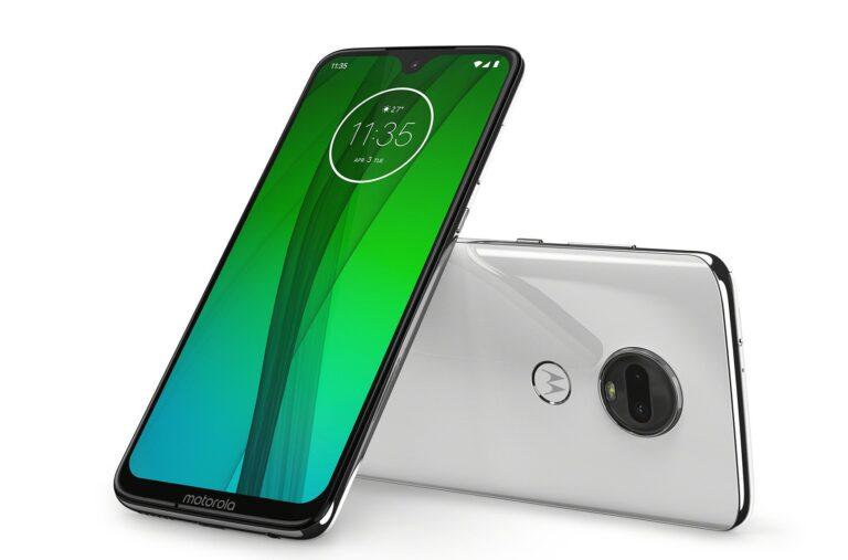 Motorola Moto G7: Ebenfalls ein fast randloses Display