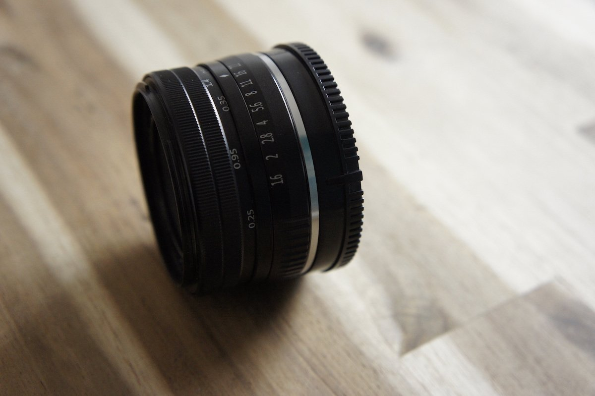 Neewer 36-Euro-Objektiv