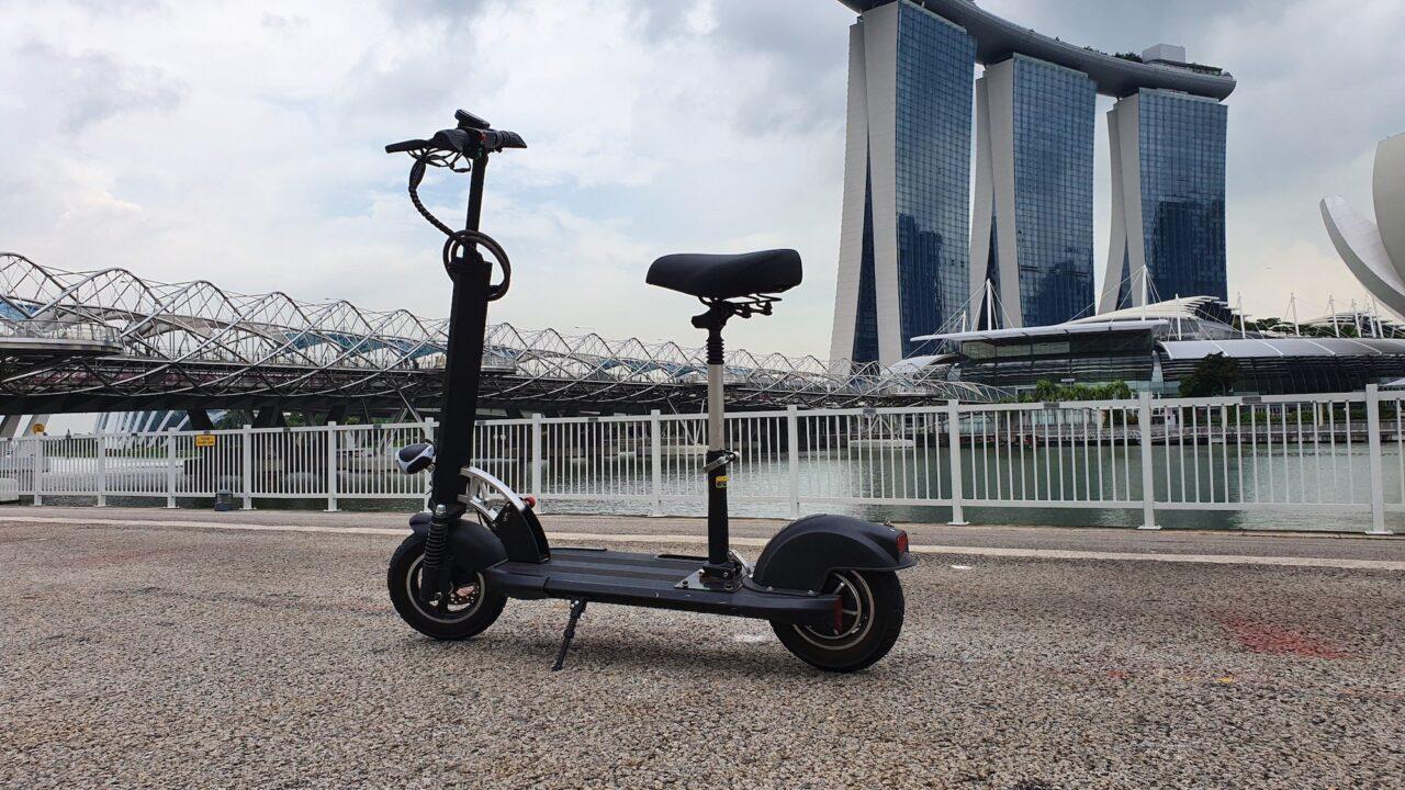 3 E-Scooter ausprobiert: Unverschwitzt durch Singapur