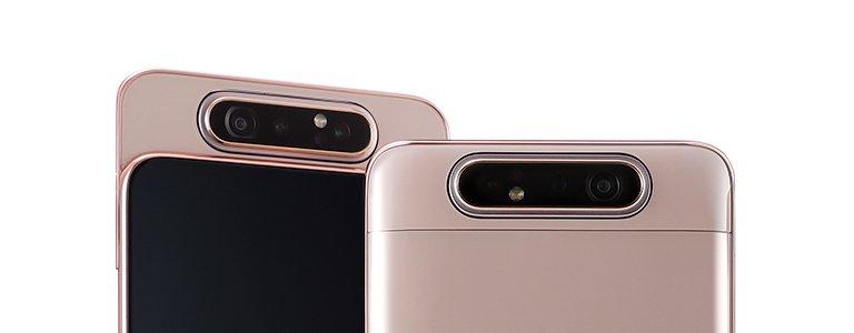 Die 3fach-Kamera des Samsung Galaxy A80 fährt heraus und dreht sich um 180 Grad, wenn Selfies aufgenommen werden sollen (Bild: Samsung)