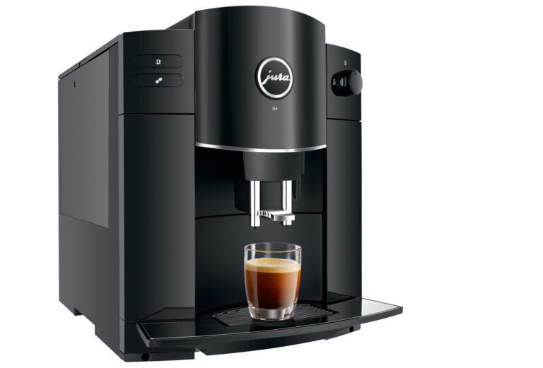 Kaffeevollautomat Jura D4 Piano Black mit Espresso (Bild: Jura)