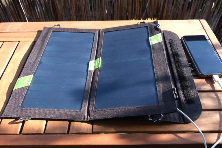 Solarladegerät für Smartphones
