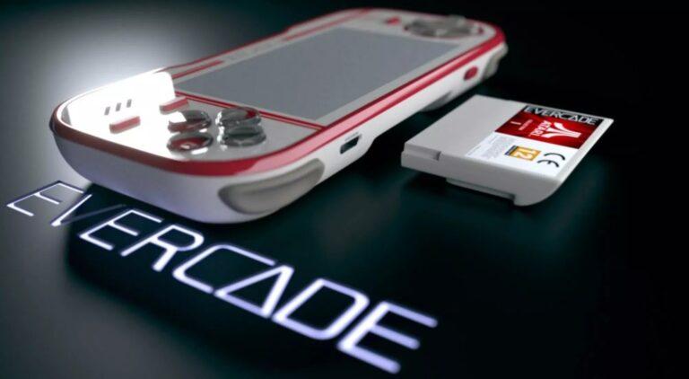 Evercade ist auf gewisse Weise auch eine klassische Handheld-Konsole. (Foto: Evercade)