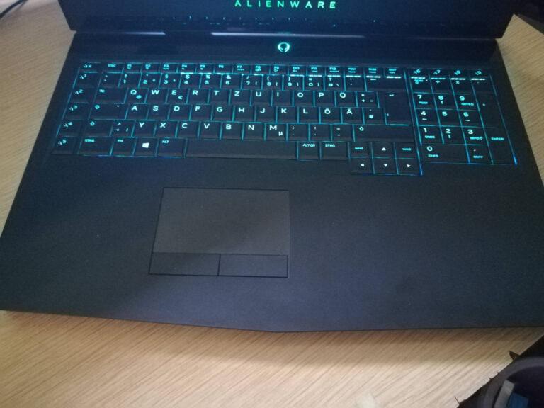 laptop-reinigen-tastatur